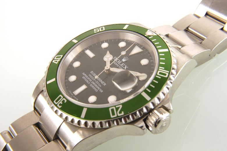 ROLEX Oyster Perpetual Date Submariner Referenz 16 610T
